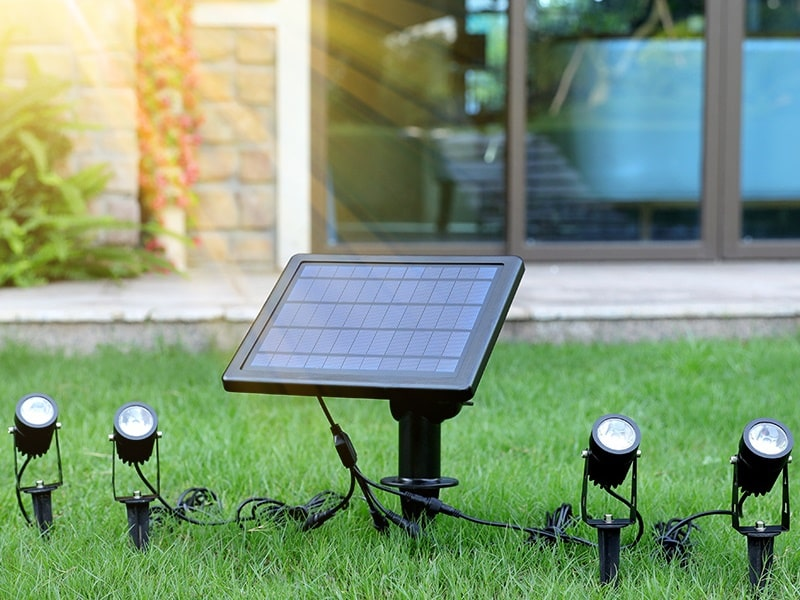 The Guide about Solar Spot Lights or outdoor Lighting
